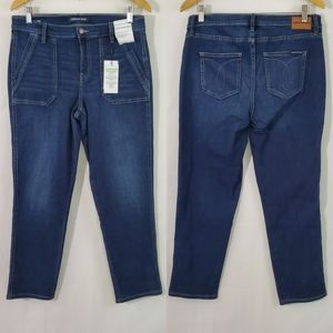 NEW Calvin Klein Mid Rise Classic Straight Jeans